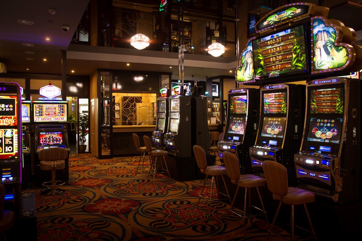 Игровые автоматы елена казино бесплатно