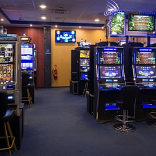 Dimants Z - Casinos 975f9a84651a4fe59287acdc4019ac8c